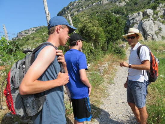 Leisure Italy - Tours: Path of the Gods Hike