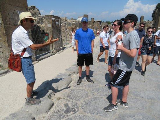 Leisure Italy - Tours: Pompeii Tour