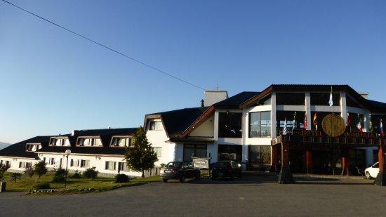 Entr e de l 39 h tel picture of hotel ushuaia ushuaia for Entree hotel
