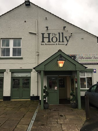 The New Holly Country Pub & Inn: photo1.jpg