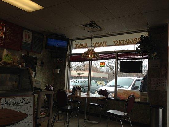 Kathy's Country Kitchen: interior