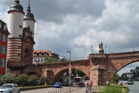 Carl Theodor Old Bridge (Alte Brucke): Another view of the Carl Theodor Bridge