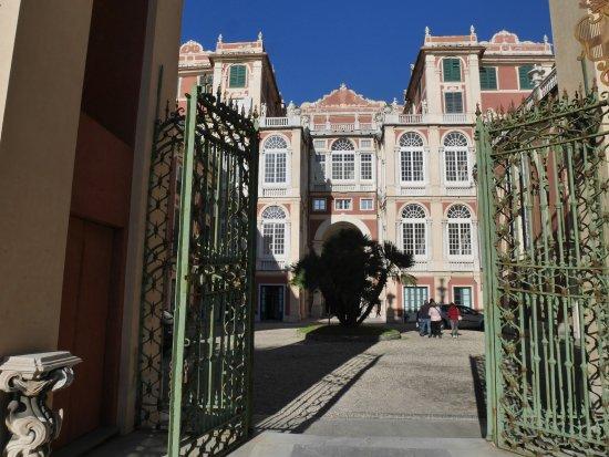 Circolo Culturale Fondazione Amon- Ghost Tour Genova