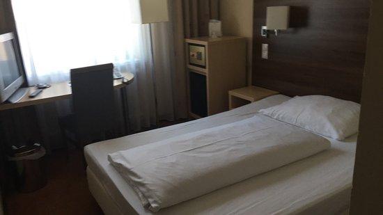 Hotel Alpha: tek kişilik oda