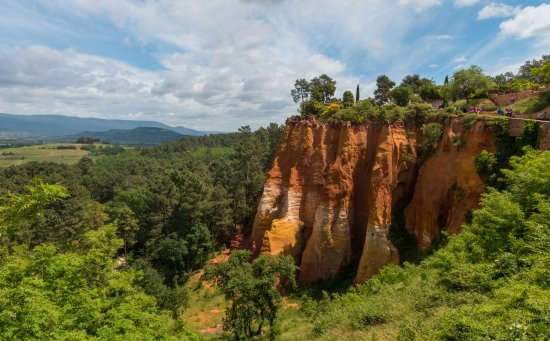 Roussillon, Francja: The beautiful Ocre cliffs