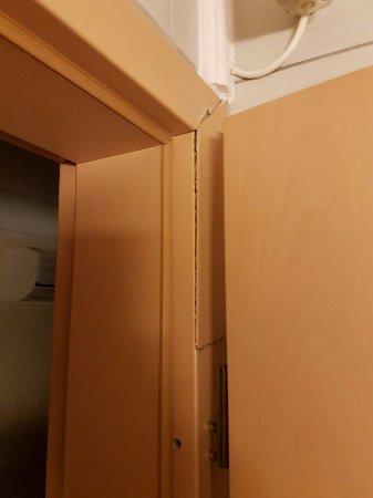 Cserszegtomaj, Hungría: Fürdőszoba ajtó