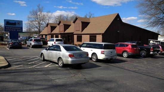 Huey's Restaurant & Oyster Bar - Hwy 70 Mebane, NC