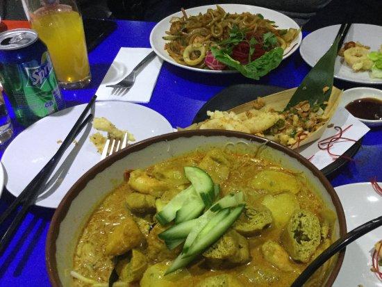 Zaibatsu : A feast - curry laksa. Amazing