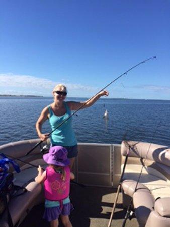 Manteo, Carolina del Norte: In Shore Family Fishing Trips