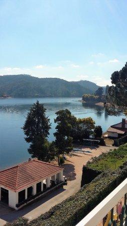 Ferreira do Zezere, Portugal: Vista da Estalagem Lago Azul