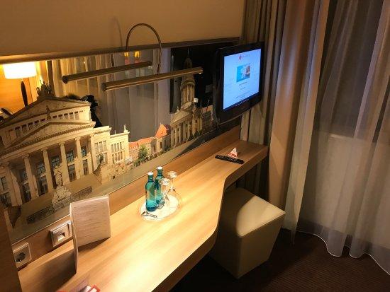 H4 Hotel Berlin Alexanderplatz: photo2.jpg