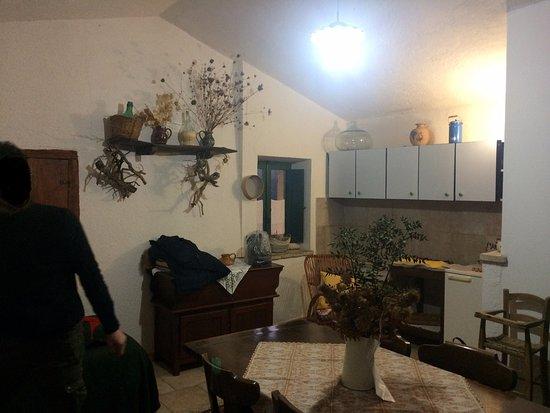 Valtopina, Ιταλία: angolo cucina al secondo piano