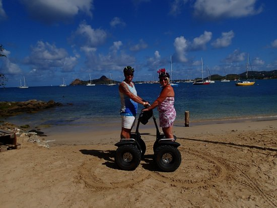 Gros Islet, St. Lucia: Photo opportunity on the local beach