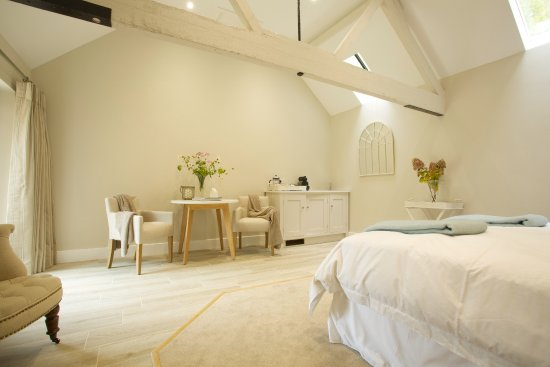 East Knoyle, UK: Another view of Bedroom #4
