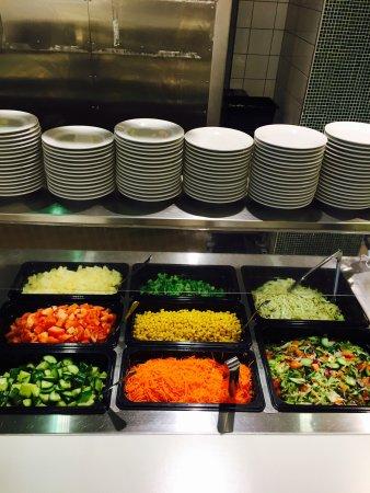 Skovde, السويد: Välkommen hos oss på goda möten på en trevlig fika eller dagens lunch ( husmanskost ) som tillag