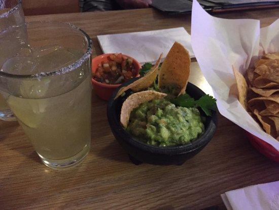 Ла-Кинта, Калифорния: Guacamole & Margarita!