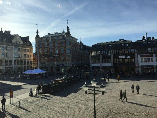 Linkoping, Sweden: Ännu en vy från rummet mot Stora torget
