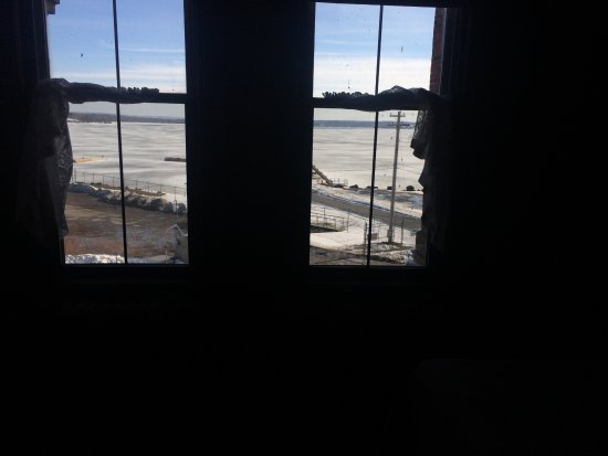 Pictou, Canadá: view from room - out into harbour