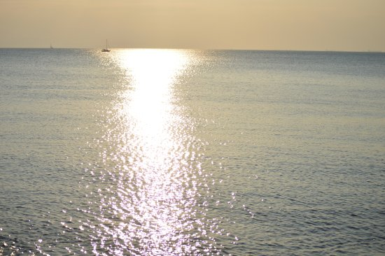 Flisvos Marina: Ήλιος και θάλασσα, Ελλάδα!