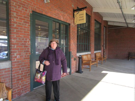 Rumford, RI: That is me in front of Seven Stars Bakery.