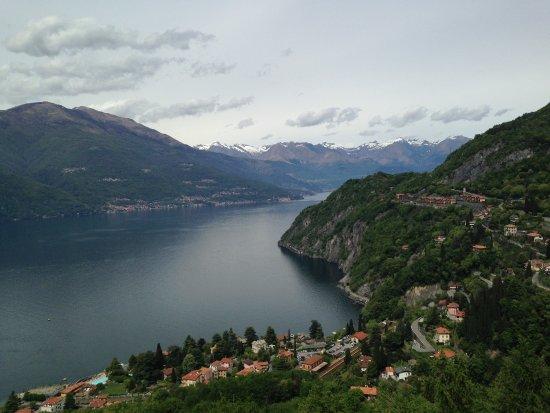 Perledo, อิตาลี: View on the Como Lake