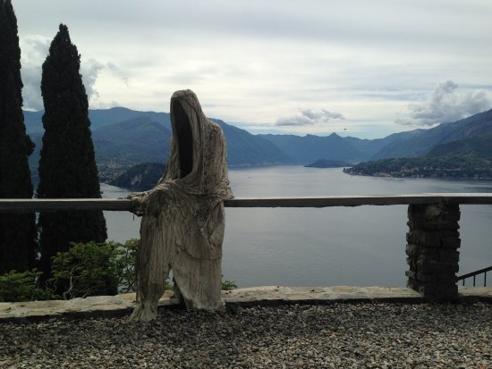 Perledo, อิตาลี: Ghosts in the Castle!