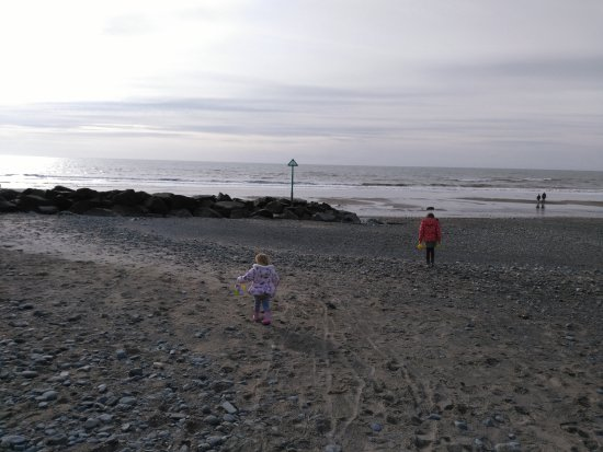 Tywyn, UK : Beach