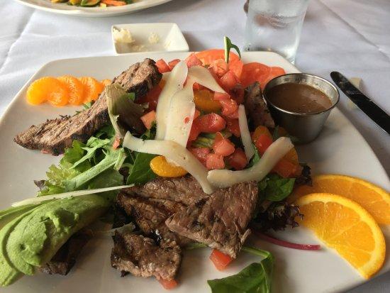 Morgan Hill, CA: Tri-Tip Salad (special)
