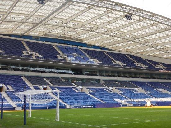 Estádio do Dragão : Tribune stade du Dragao