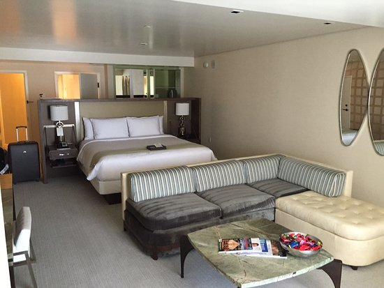The London West Hollywood: Vista Suite (5th/6th Floor)