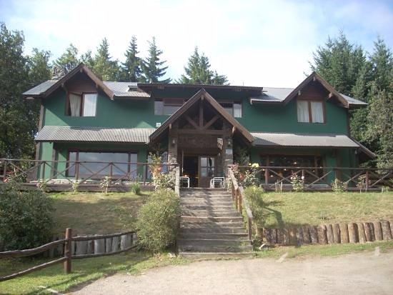 Hostel La Angostura, hoteles en Villa La Angostura