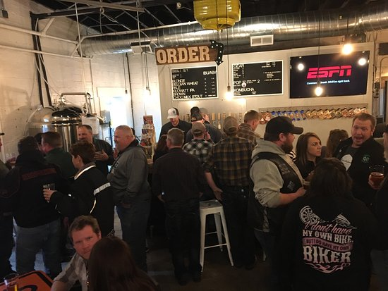Hallock, Μινεσότα: Revelation Ale Works