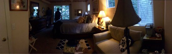 Her Castle Homestay Bed and Breakfast Inn: photo2.jpg