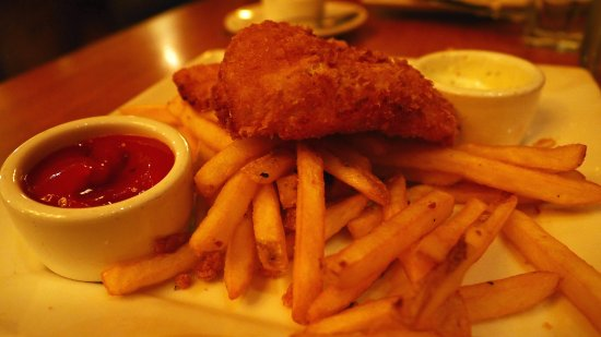Elliott's Oyster House: Cod and chips