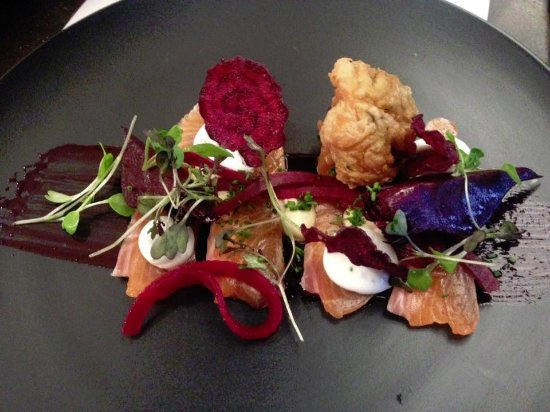 Salt Restaurant : Nelson Salmon with goats cheese and beetroot