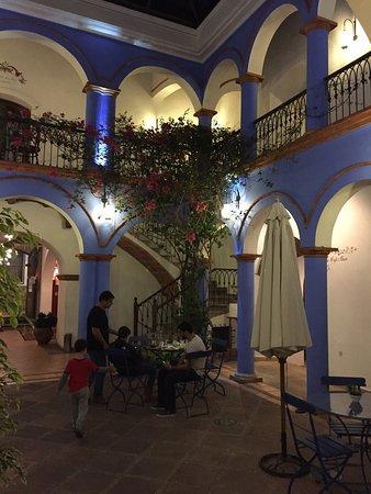 Parador Santa Maria la Real: photo1.jpg