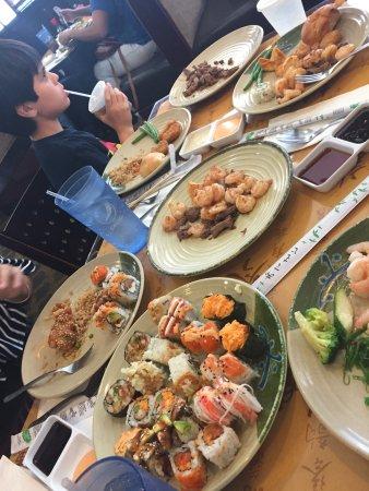 Shinju Japanese Buffet: Plenty of food