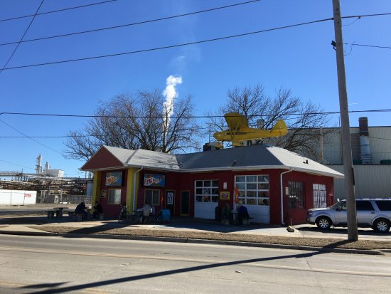 Cedar Rapids, IA: exterior