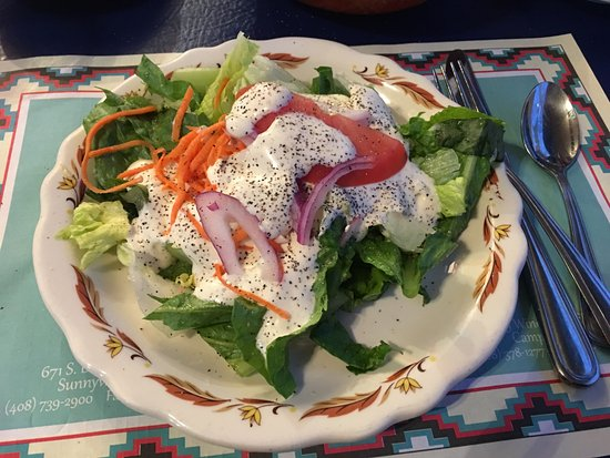Plaza Inn: salad with ranch