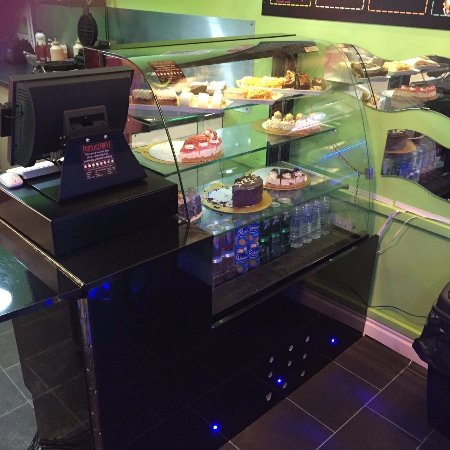 Normanton, UK: Try our Cakes and Puddings