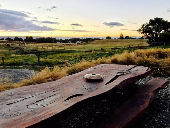 Clyde, New Zealand: View from Tussock Lodge in Waipiata