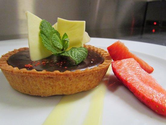 Portet-sur-Garonne, Francia: Tartelette au chocloat au piment d'espelette