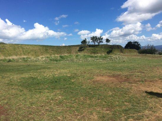 Mount Eden: photo2.jpg