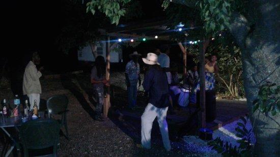 Grand Bourg, Гваделупа: Soirée concert à la table du père labat