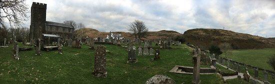 Kilmartin church and graveyard : The graveyard