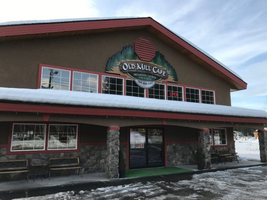 Old Mill Cafe: The outside of the Old Mill Café