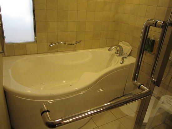 Kyoto Brighton Hotel: お風呂。広くてよかった