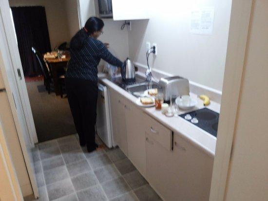 Ascot On Fenton: Kitchen
