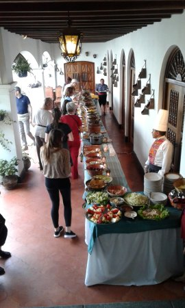 Santo Tomas Hotel: Muy bien organizado el buffet