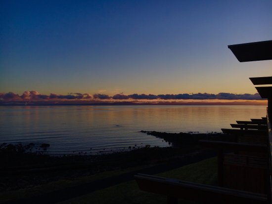 กูร์เตอเนย์, แคนาดา: Sunrise